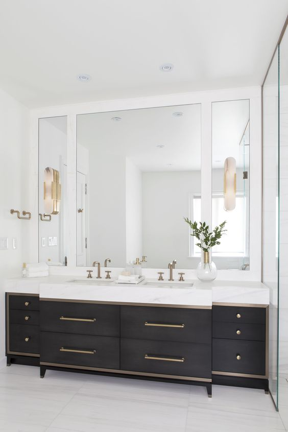 Bathroom Mirror Ideas: Simple Frameless Mirror