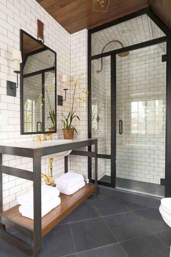 Bathroom Tile Ideas: Fully Covered Decor
