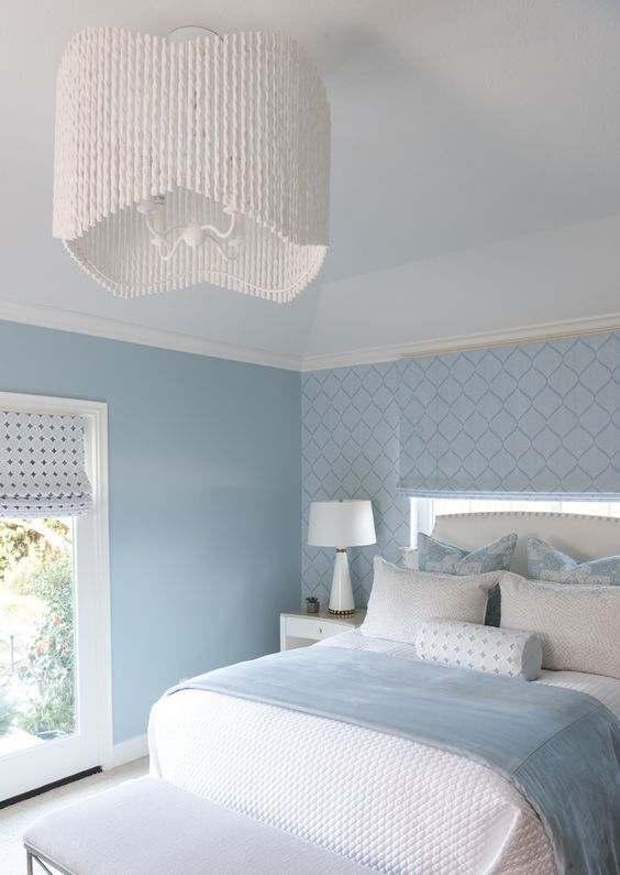 Beach Bedroom Ideas: Breathtaking Soft Blue