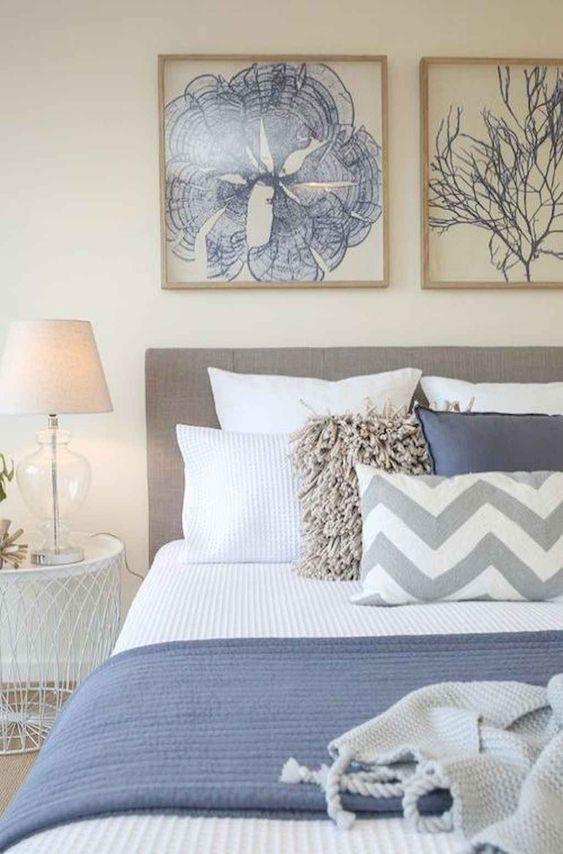 Beach Bedroom Ideas: Minimalist Beach Bedroom