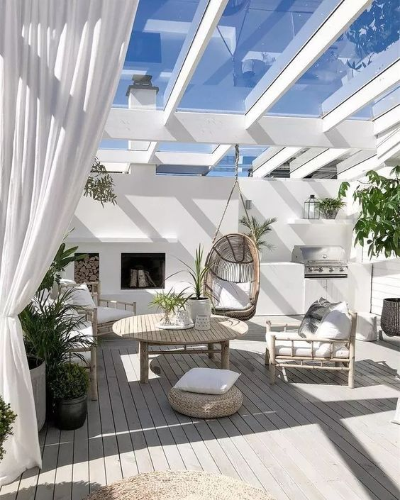 Covered Patio Ideas: Mesmerizing Farmhouse Style