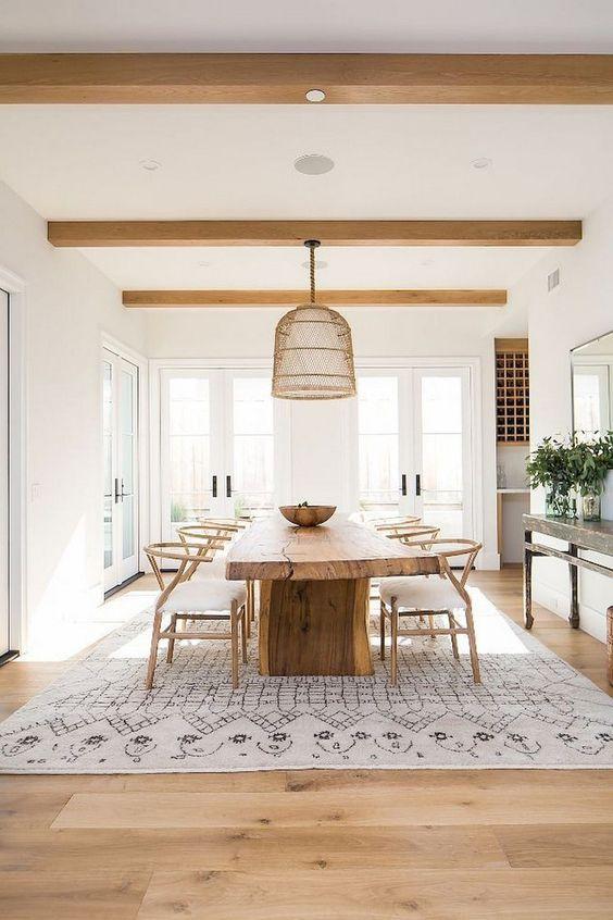Dining Room Rug Ideas: Decorative Beige Rug