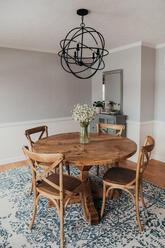 Dining Room Rug Ideas: Mesmerizing Washed Pattern