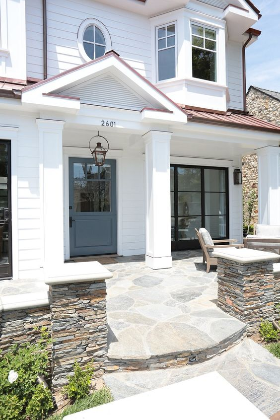 Front Patio Ideas: Chic White Flagstone