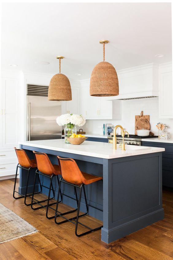 Kitchen Island Ideas: Simple Modern Farmhouse