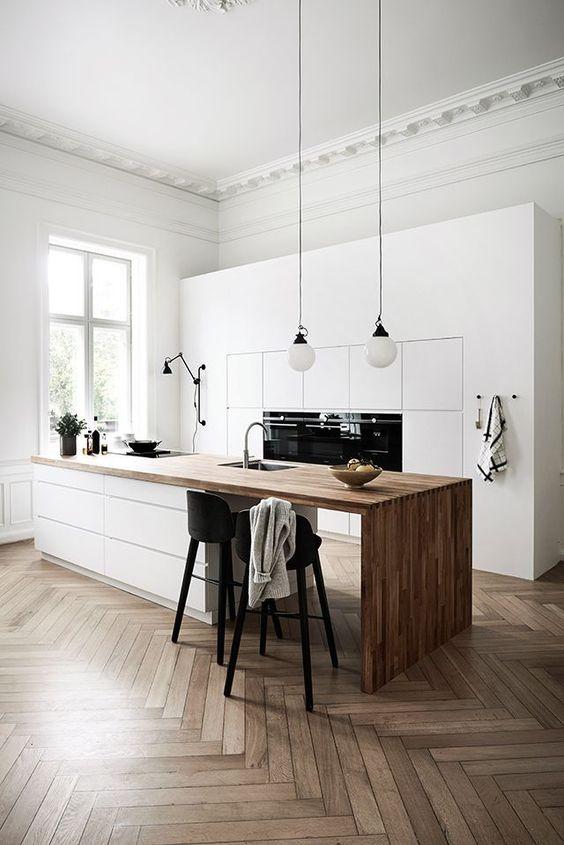 Kitchen Lighting Ideas: Minimalist Pendant Bulbs