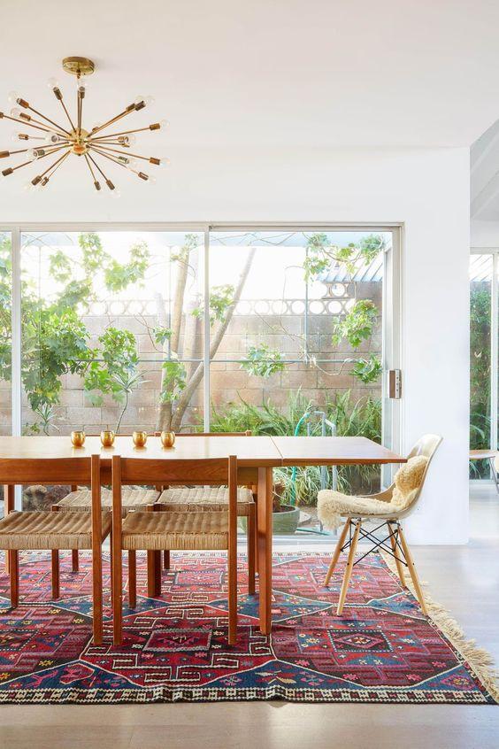 Minimalist Dining Room Ideas 12