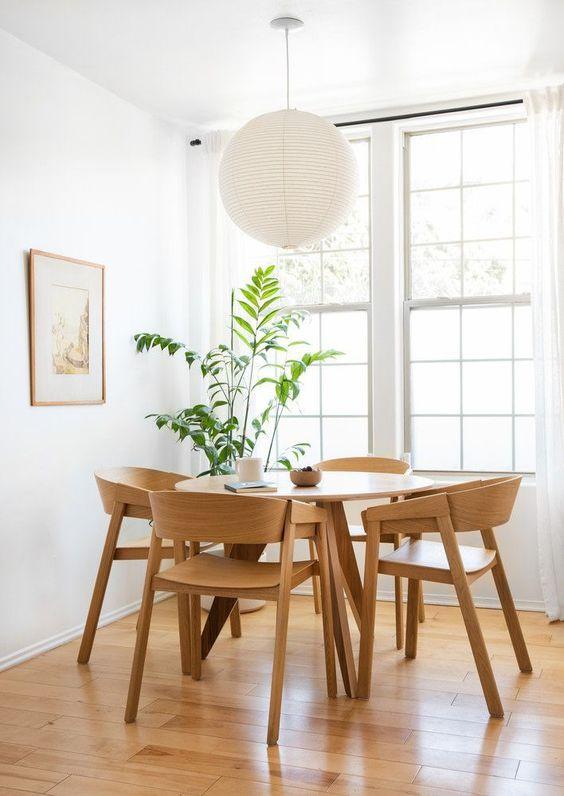Minimalist Dining Room Ideas 16