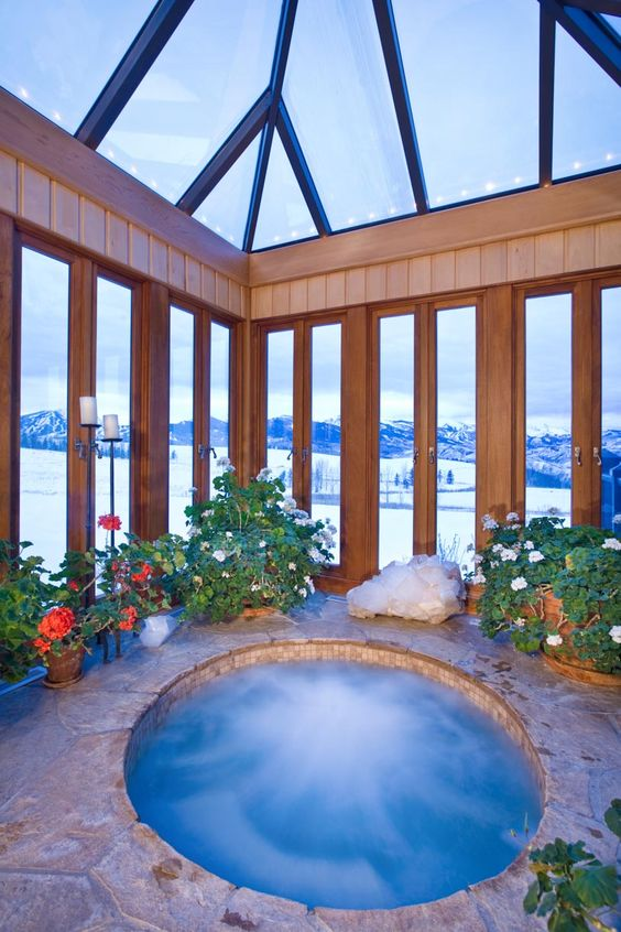 Romantic Hot Tub 6