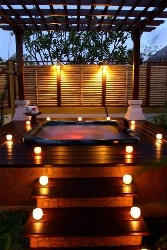 Romantic Hot Tub 9