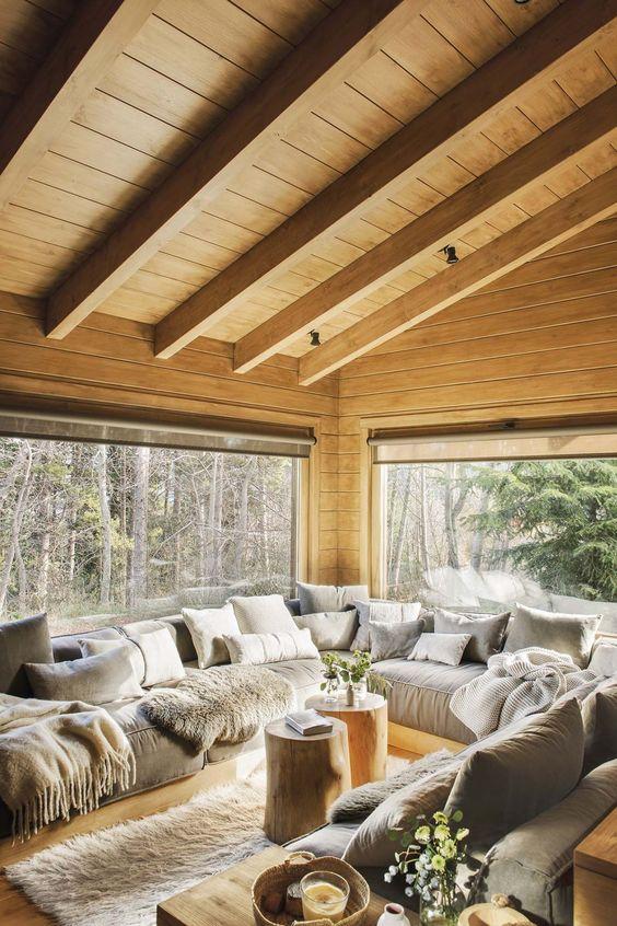 Rustic Living Room Ideas: Cozy Wooden Look