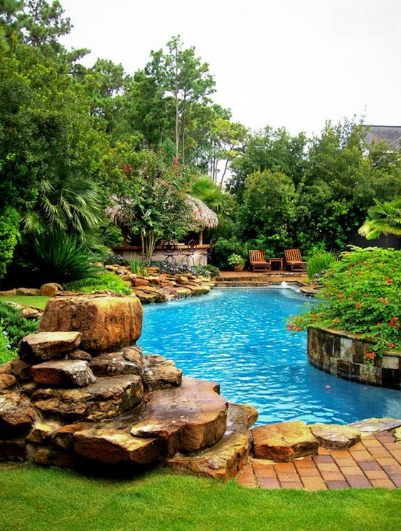 Swimming Pool Garden Ideas: Breathtaking Fresh Pool