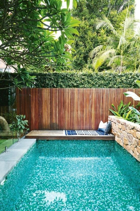 Swimming Pool Garden Ideas 19