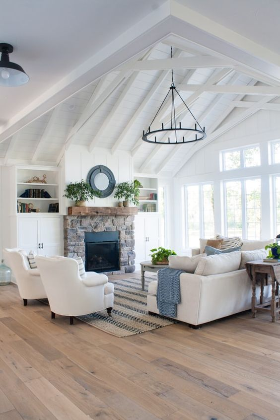 White Living Room Ideas: Chic Rustic Farmhouse