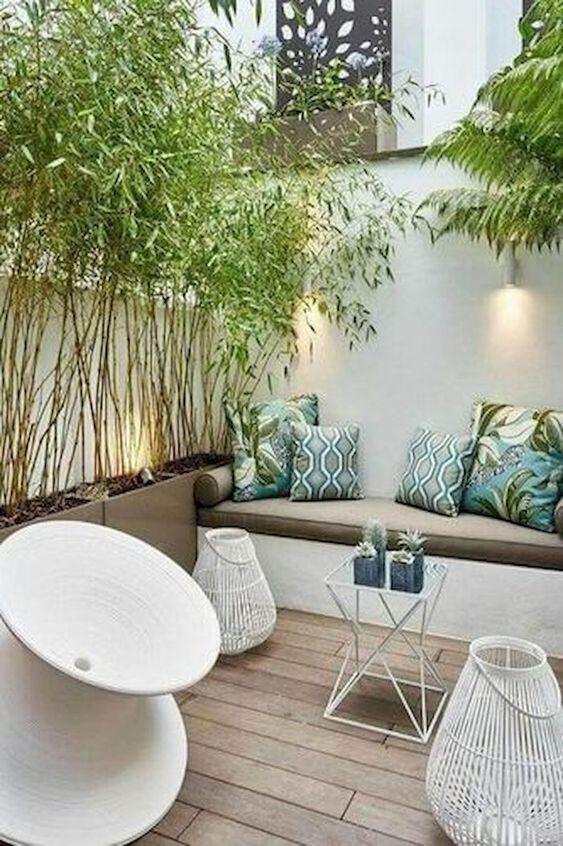 Wood Patio Ideas: Cozy Seating Area