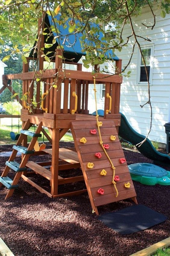Backyard for Kids Ideas: Lovely Interactive Feature