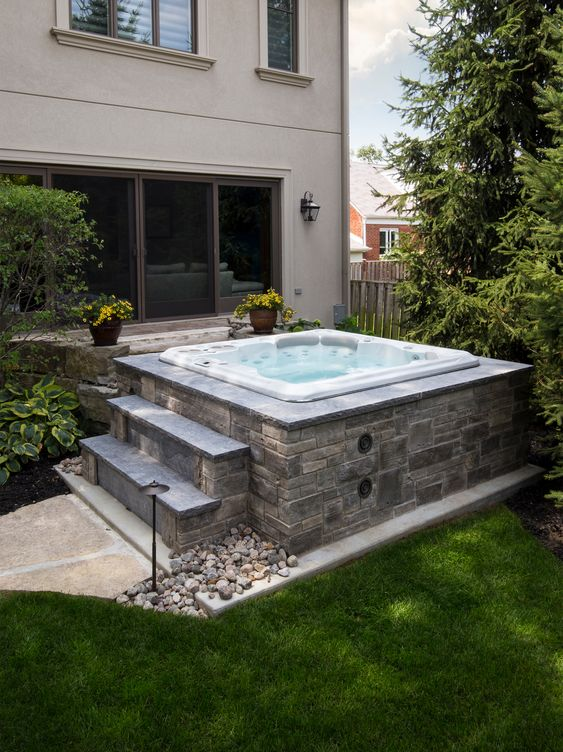 Backyard Hot Tub Ideas: Simple Above-Ground
