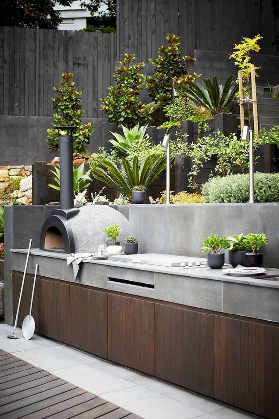 Backyard Kitchen Ideas: Stunning Rustic Industrial