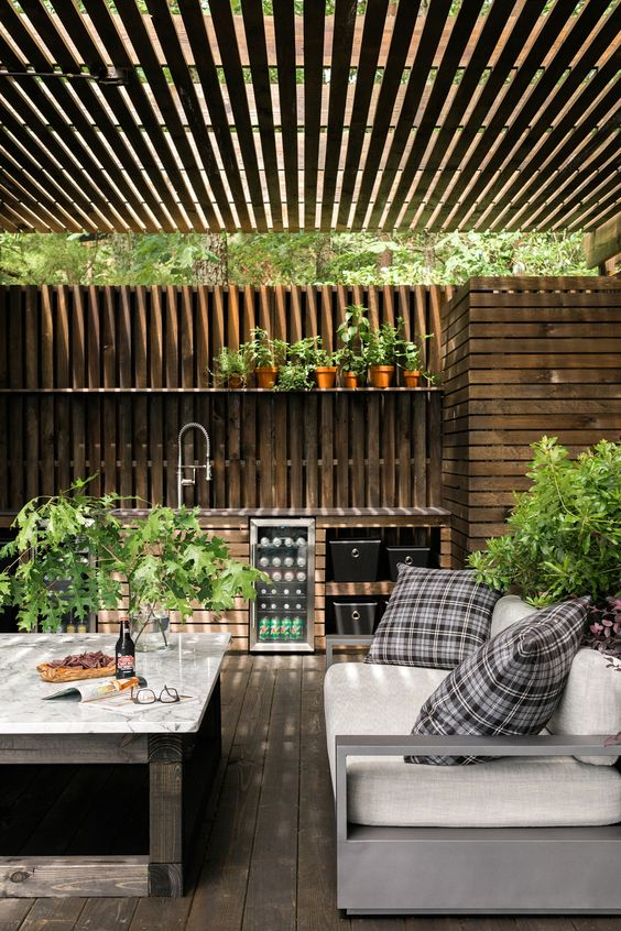 Backyard Kitchen Ideas: Modern Rustic Concept