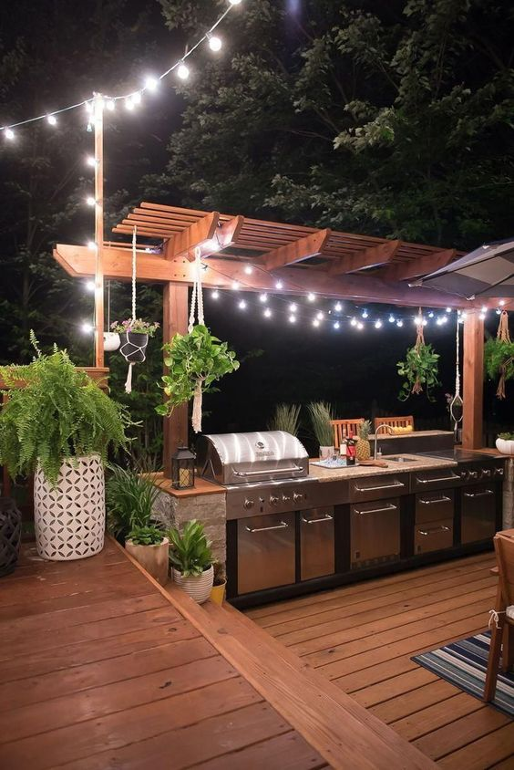 Backyard Kitchen Ideas: Decorative Night View