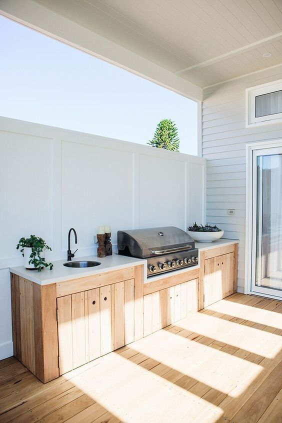 Backyard Kitchen Ideas: Minimalist Scandinavian Style