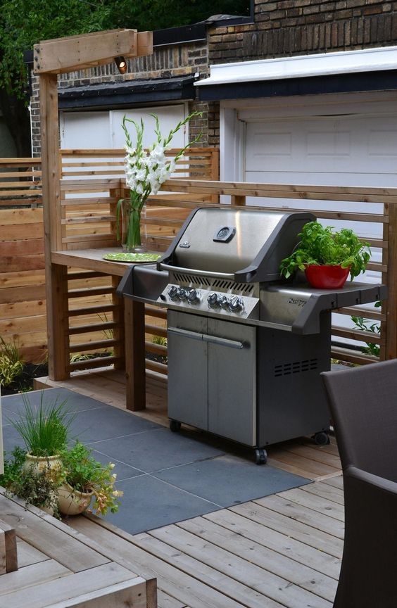 Backyard Kitchen Ideas: Earthy Warm Decor