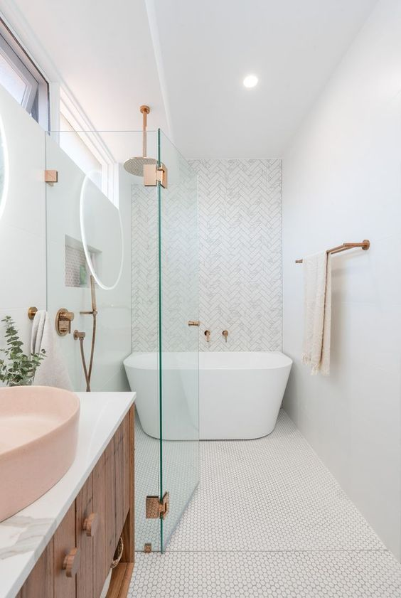 Bathroom Bathtub Ideas: Small Freestanding Look