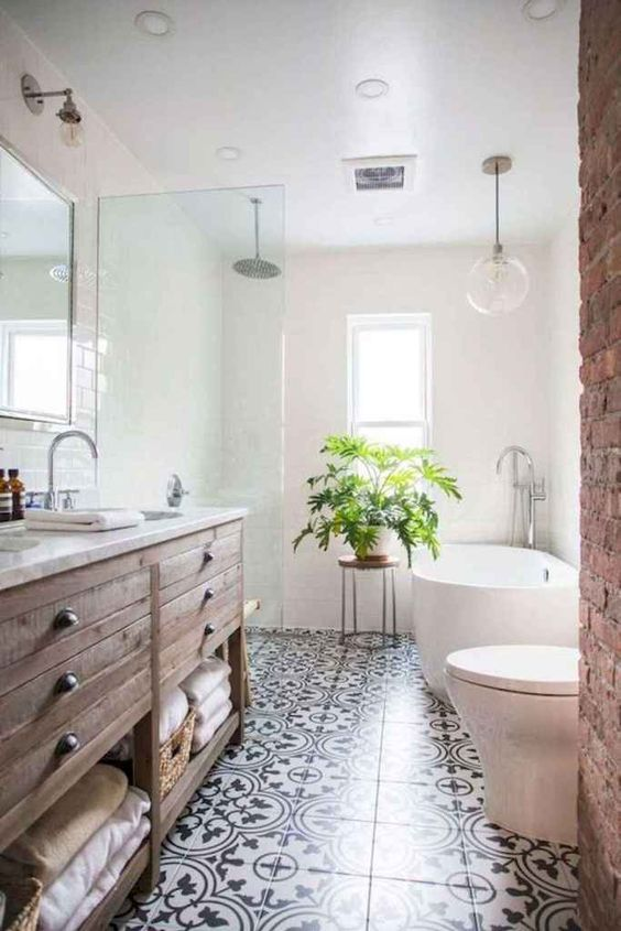 Bathroom Storage Ideas: Rustic Vintage Look