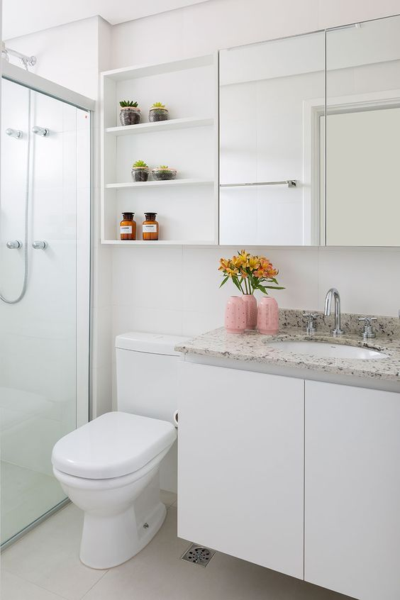 Bathroom Storage Ideas: Sleek Shelves Layout