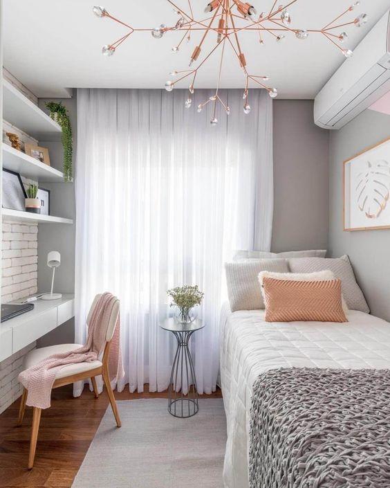 Bedroom Organization Ideas: Decorative Open Shelves