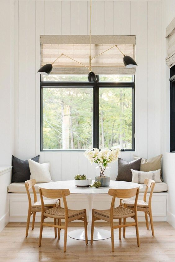 Cozy Dining Room Ideas: Modern Farmhouse Nook