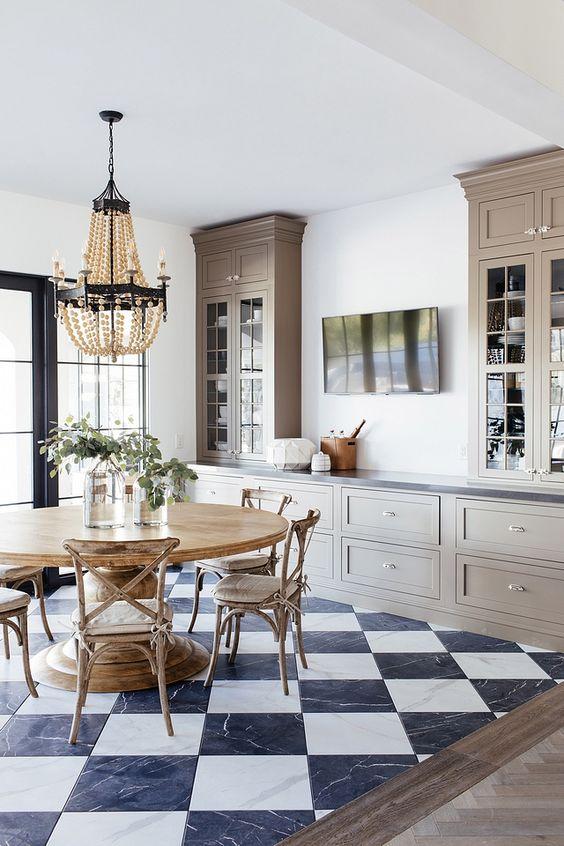 Cozy Dining Room Ideas: Elegant Vintage Vibe