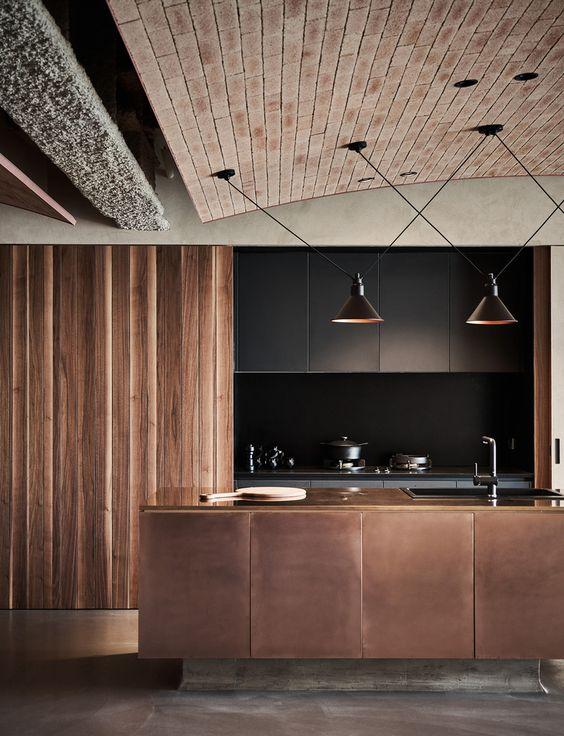 Dark Kitchen Ideas: Dark Earthy Kitchen