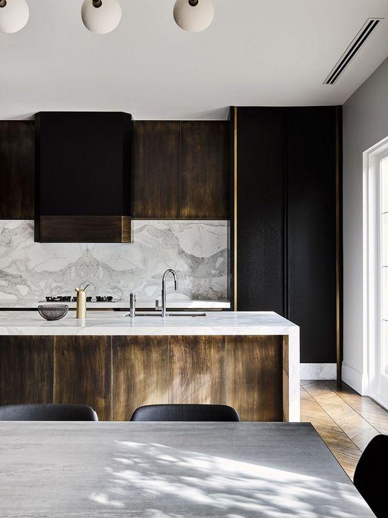 Dark Kitchen Ideas: Woody Dark Cabinets