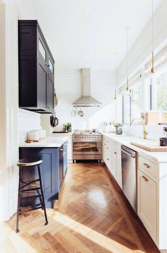 Galley Kitchen Ideas: Modern Little Kitchen