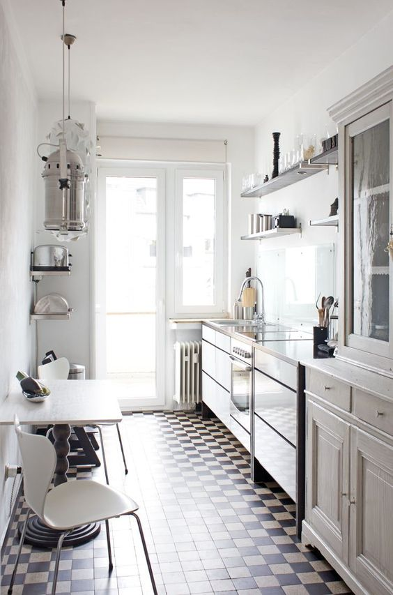 Galley Kitchen Ideas: Chic Neutral Colors