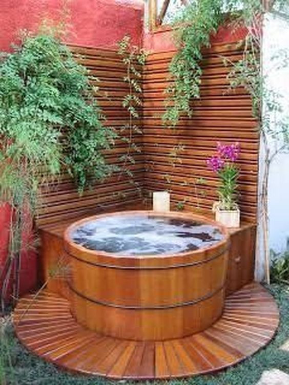 Hot Tub Landscaping: Simple Tub Corner