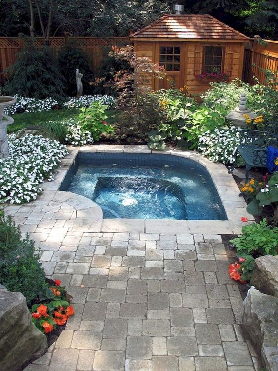 Hot Tub Landscaping: Decorative Natural Accents
