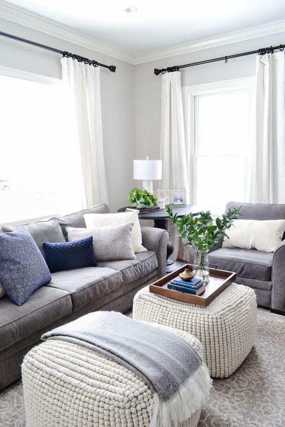 Neutral Living Room Ideas: Minimalist Small Corner