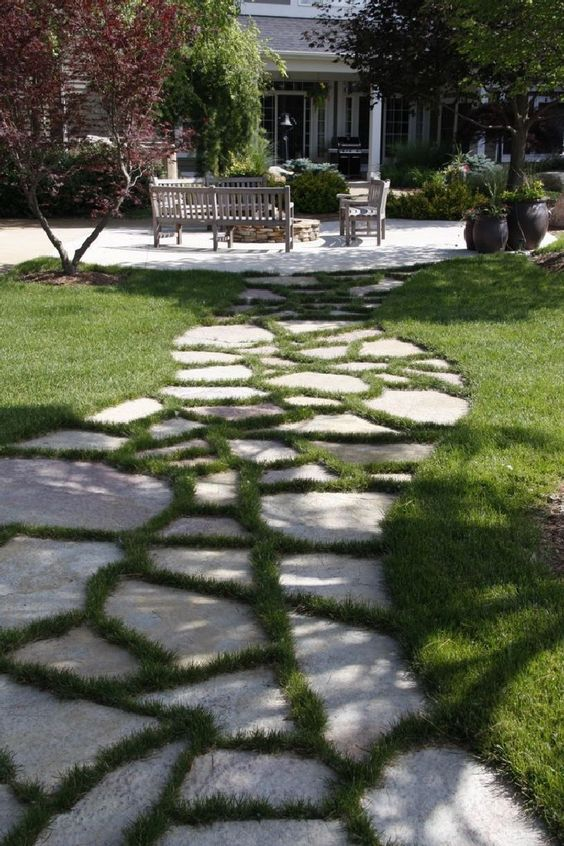 Patio Landscaping Ideas: Unique Stone Patio