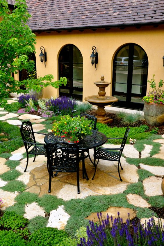 Patio Landscaping Ideas: Lovely Stone Layout