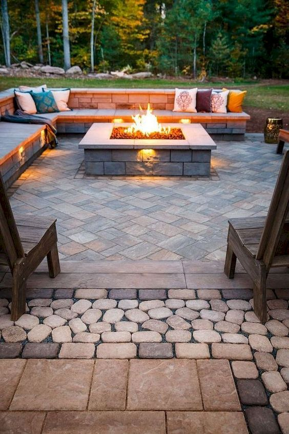 Patio Landscaping Ideas: Warm and Relaxing