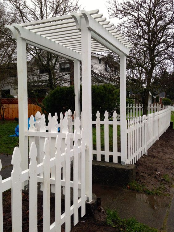 Picket Fence Ideas: Dover Top Fence