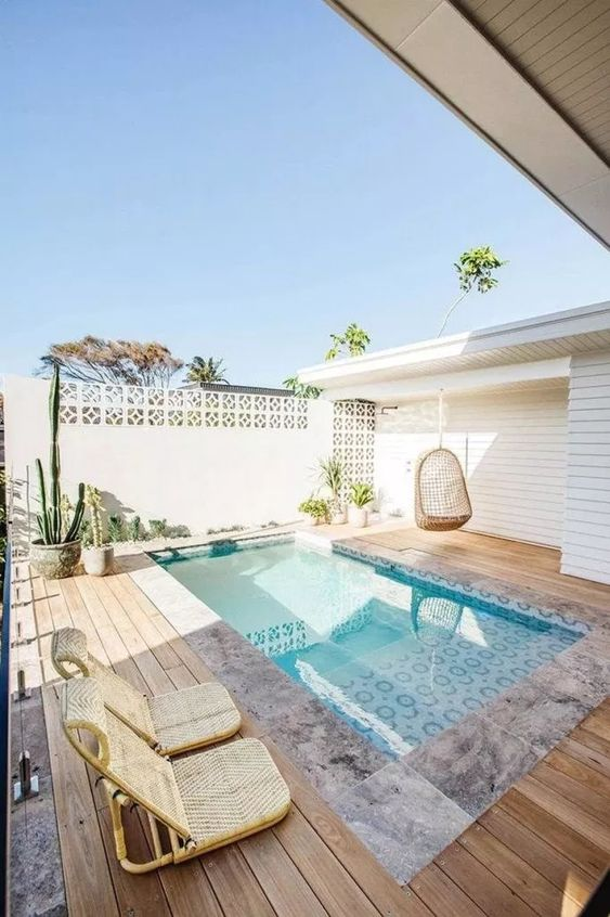 Rectangle Swimming Pool Ideas: Lovely Small Pool