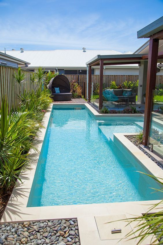 Rectangle Swimming Pool Ideas: Simple Outdoor Pool