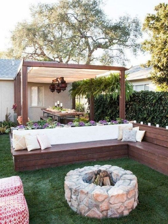 Backyard Seating Ideas: Cozy Rustic Decor