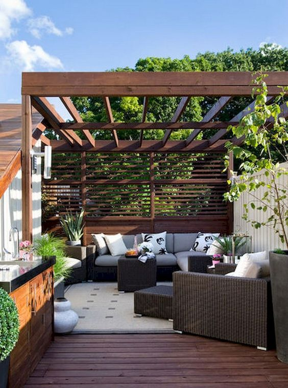 Backyard Seating Ideas: Stunning Earthy Vibe