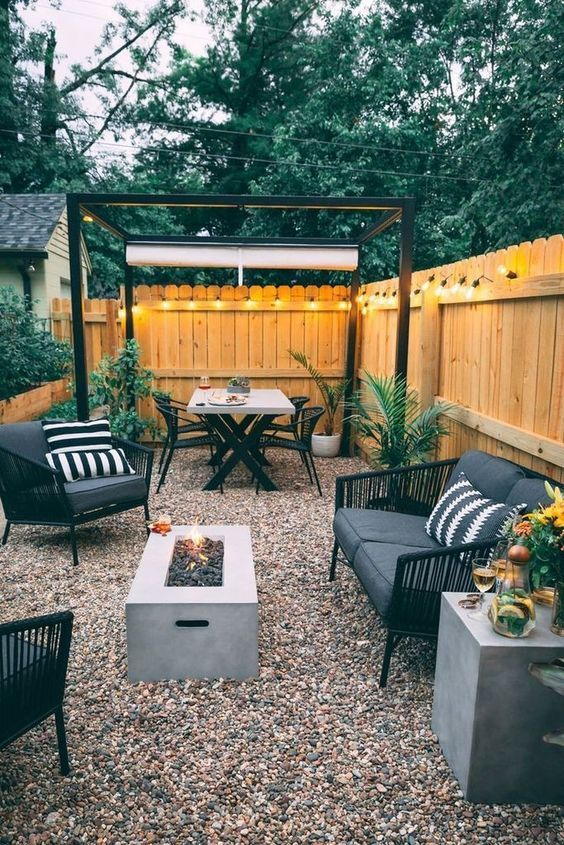 Backyard Seating Ideas: Affordable Gravel Patio
