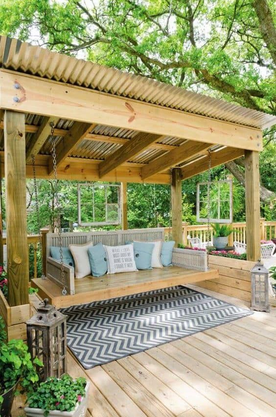 Backyard Seating Ideas: Exciting Swing Play