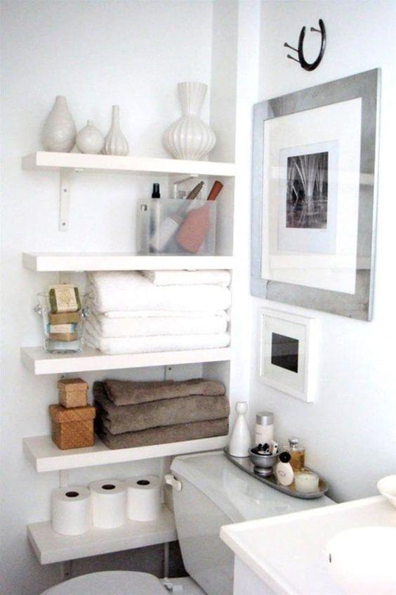 Bathroom Organization Ideas: Simple Side Shelves